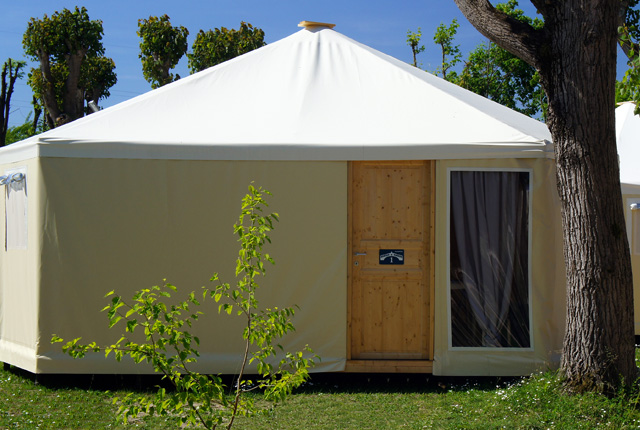 GLAMPING BUNGALOW max 4 Personnes